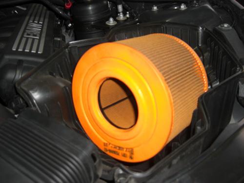 装着例 BMW323i